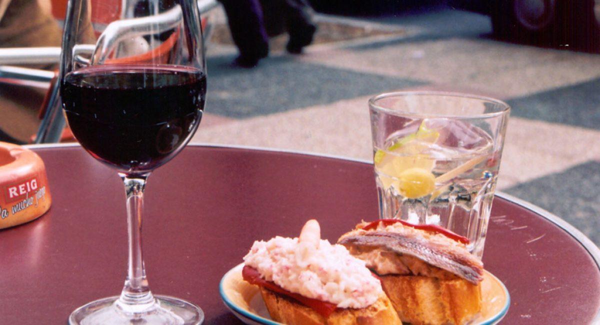 vineyeard-vermut-aperitivos-tapas-pinchos-vino-aperitivo-tiemda-de-productos-gourmet-españa-y-el-vino